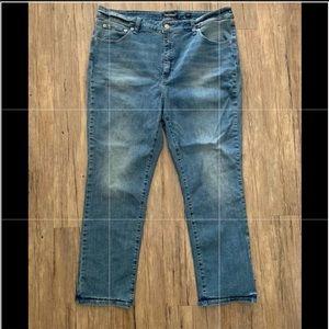NWOT Lucky Brand Emma Crop Jeans